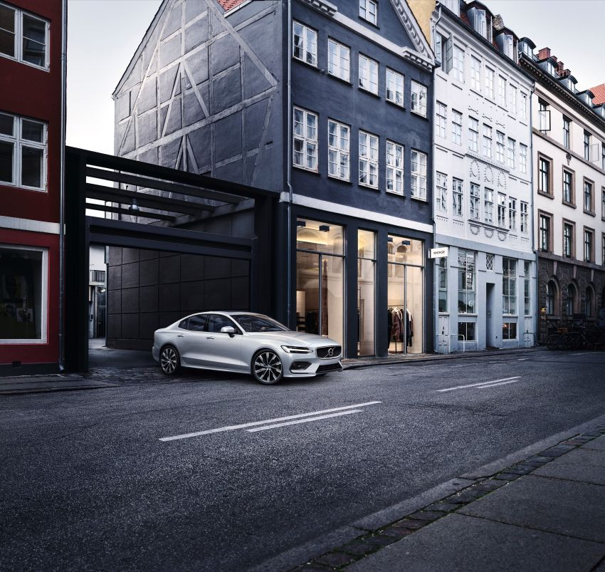 2019 Volvo S60 revealed – petrol powertrains only, optional Polestar Engineered upgrade, up to 415 hp Image #829322