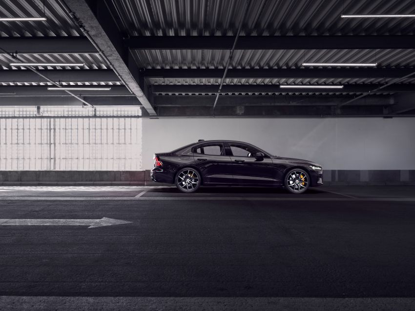 2019 Volvo S60 revealed – petrol powertrains only, optional Polestar Engineered upgrade, up to 415 hp Image #829299