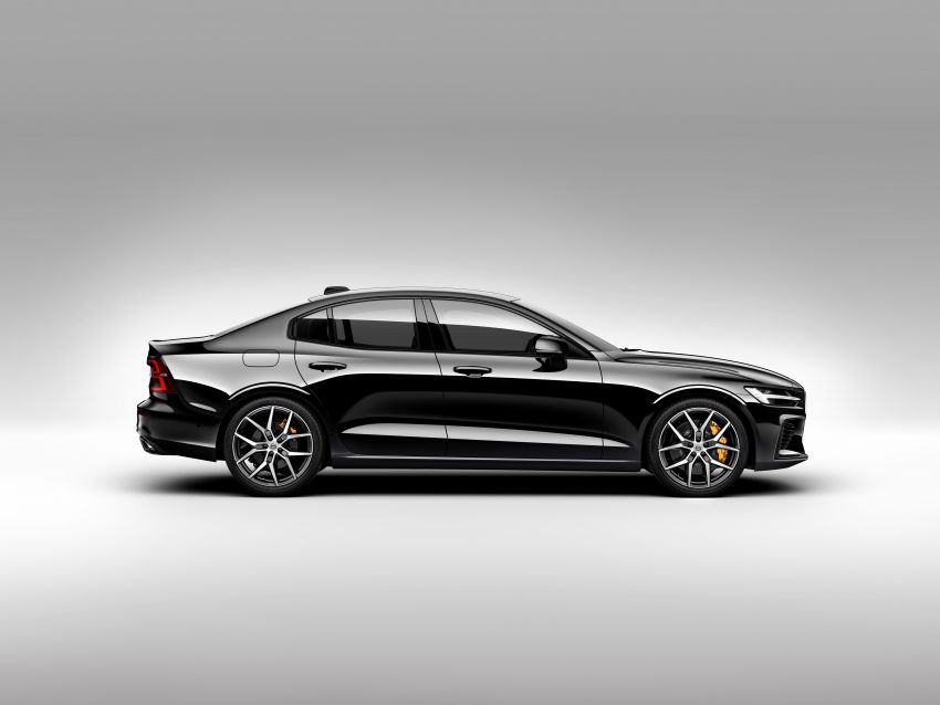 2019 Volvo S60 revealed – petrol powertrains only, optional Polestar Engineered upgrade, up to 415 hp Image #829305
