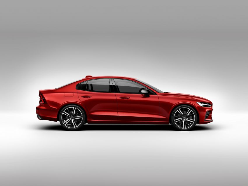 2019 Volvo S60 revealed – petrol powertrains only, optional Polestar Engineered upgrade, up to 415 hp Image #829233