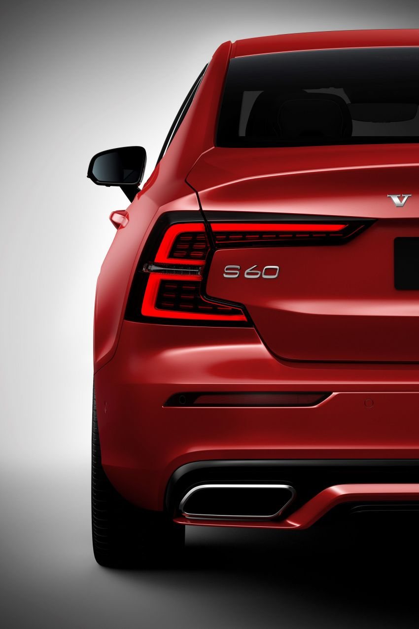 2019 Volvo S60 revealed – petrol powertrains only, optional Polestar Engineered upgrade, up to 415 hp Image #829242
