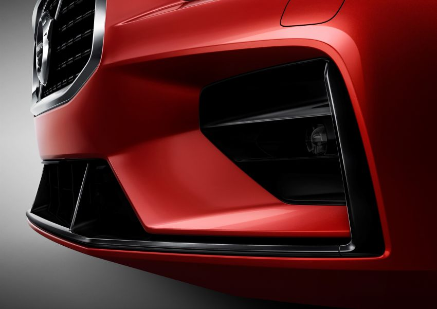 2019 Volvo S60 revealed – petrol powertrains only, optional Polestar Engineered upgrade, up to 415 hp Image #829251