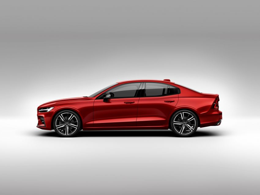 2019 Volvo S60 revealed – petrol powertrains only, optional Polestar Engineered upgrade, up to 415 hp Image #829234
