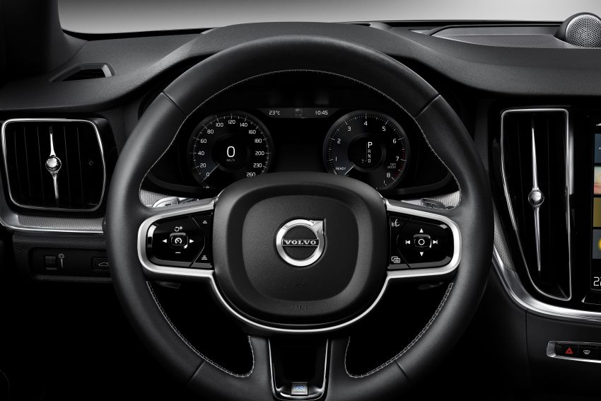 2019 Volvo S60 revealed – petrol powertrains only, optional Polestar Engineered upgrade, up to 415 hp Image #829265