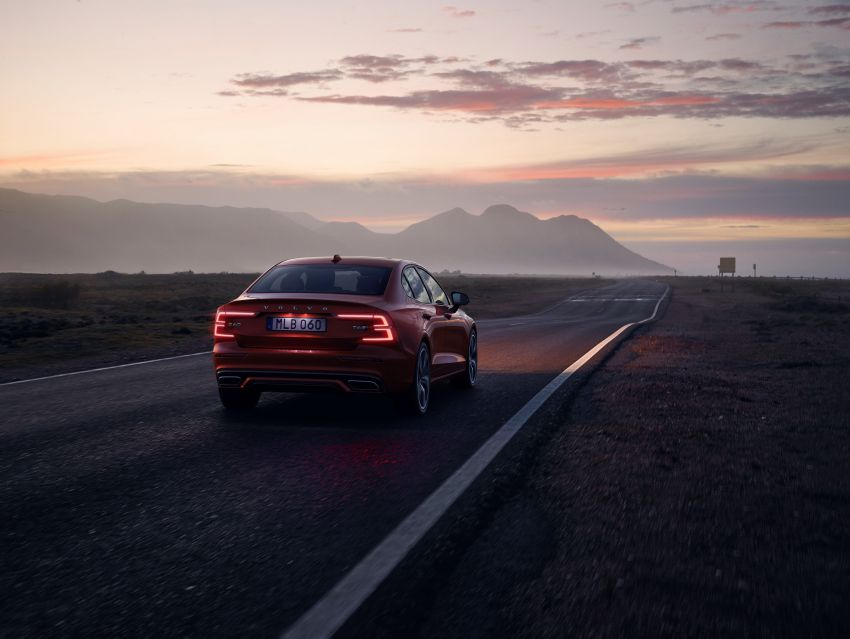 2019 Volvo S60 revealed – petrol powertrains only, optional Polestar Engineered upgrade, up to 415 hp Image #829272