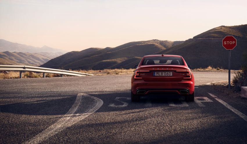2019 Volvo S60 revealed – petrol powertrains only, optional Polestar Engineered upgrade, up to 415 hp Image #829274