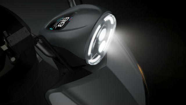 Twenty Two Motors Flow – skuter elektrik pintar dari India dengan sambungan Bluetooth dan sistem GPS Image #826496