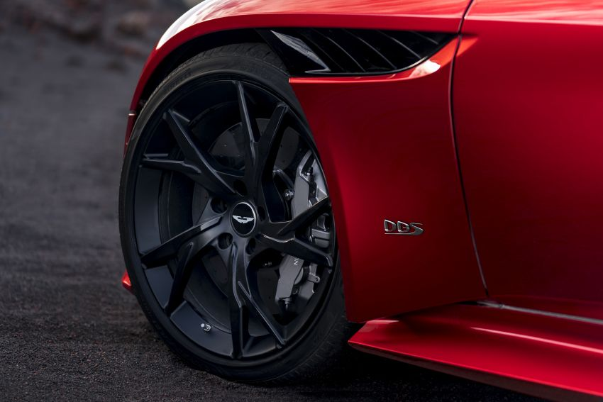 Aston Martin DBS Superleggera unveiled with 715 hp Image #831782