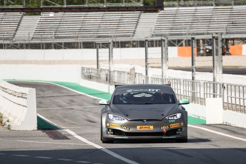 Tesla Model S P100DL debuts in Barcelona – first Electric Production Car Series race in November Image #832896