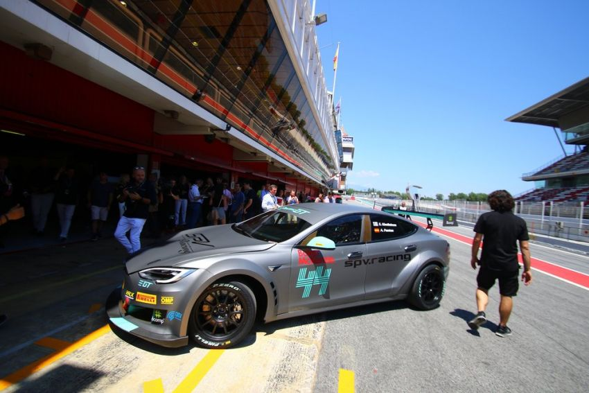 Tesla Model S P100DL debuts in Barcelona – first Electric Production Car Series race in November Image #832901