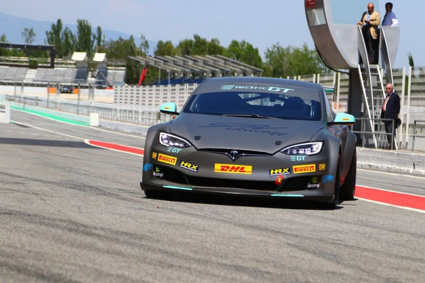 Tesla Model S P100DL debuts in Barcelona – first Electric Production Car Series race in November Image #832908