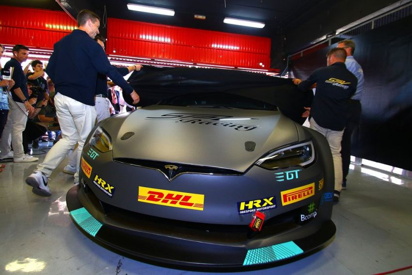 Tesla Model S P100DL debuts in Barcelona – first Electric Production Car Series race in November Image #832912