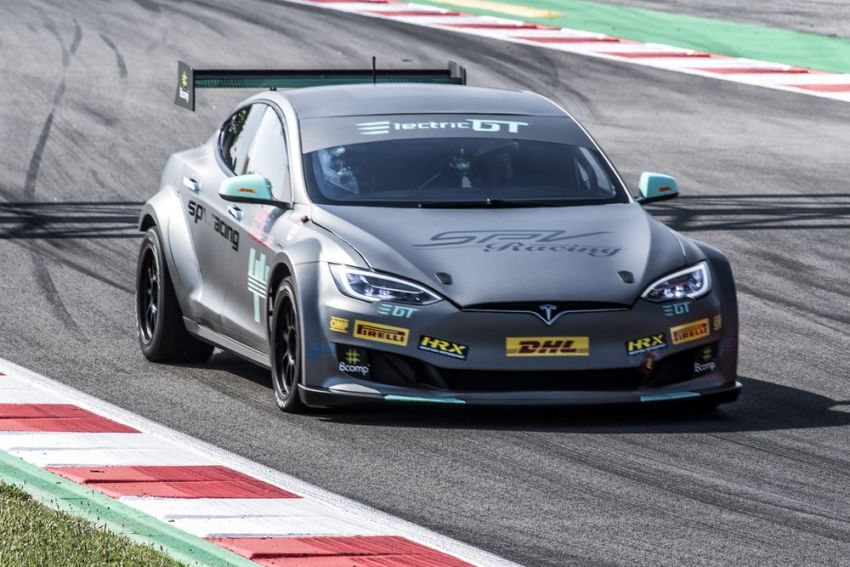 Tesla Model S P100DL debuts in Barcelona – first Electric Production Car Series race in November Image #832916