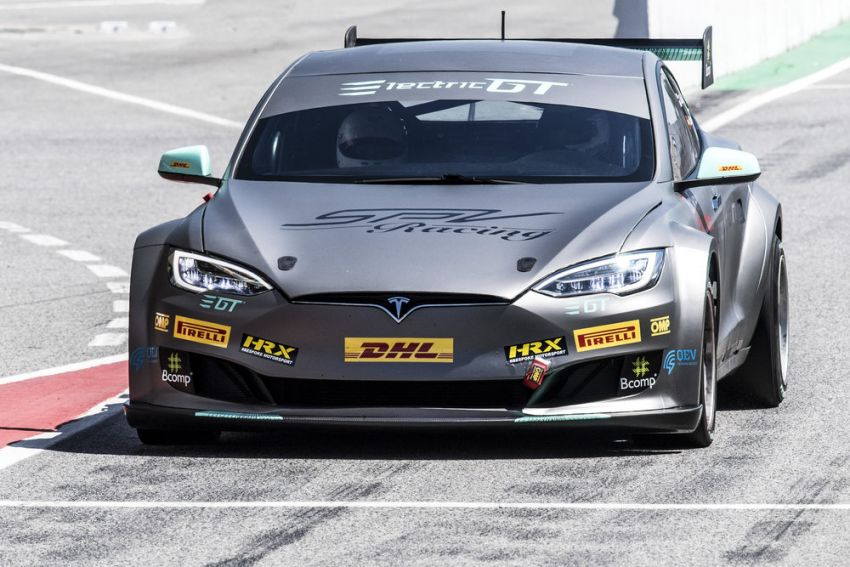 Tesla Model S P100DL debuts in Barcelona – first Electric Production Car Series race in November Image #832917