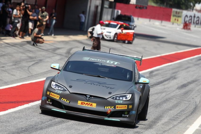 Tesla Model S P100DL debuts in Barcelona – first Electric Production Car Series race in November Image #832888