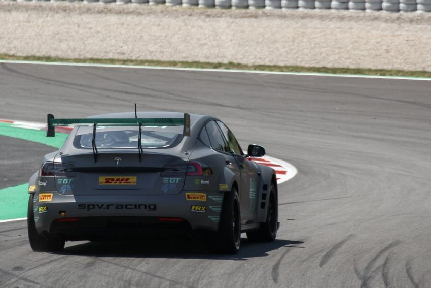 Tesla Model S P100DL debuts in Barcelona – first Electric Production Car Series race in November Image #832889