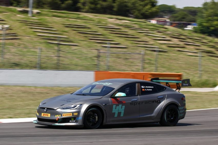 Tesla Model S P100DL debuts in Barcelona – first Electric Production Car Series race in November Image #832891