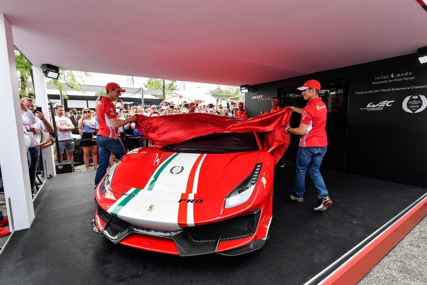 Ferrari 488 Pista 'Piloti Ferrari' is built only for racers Image #828316