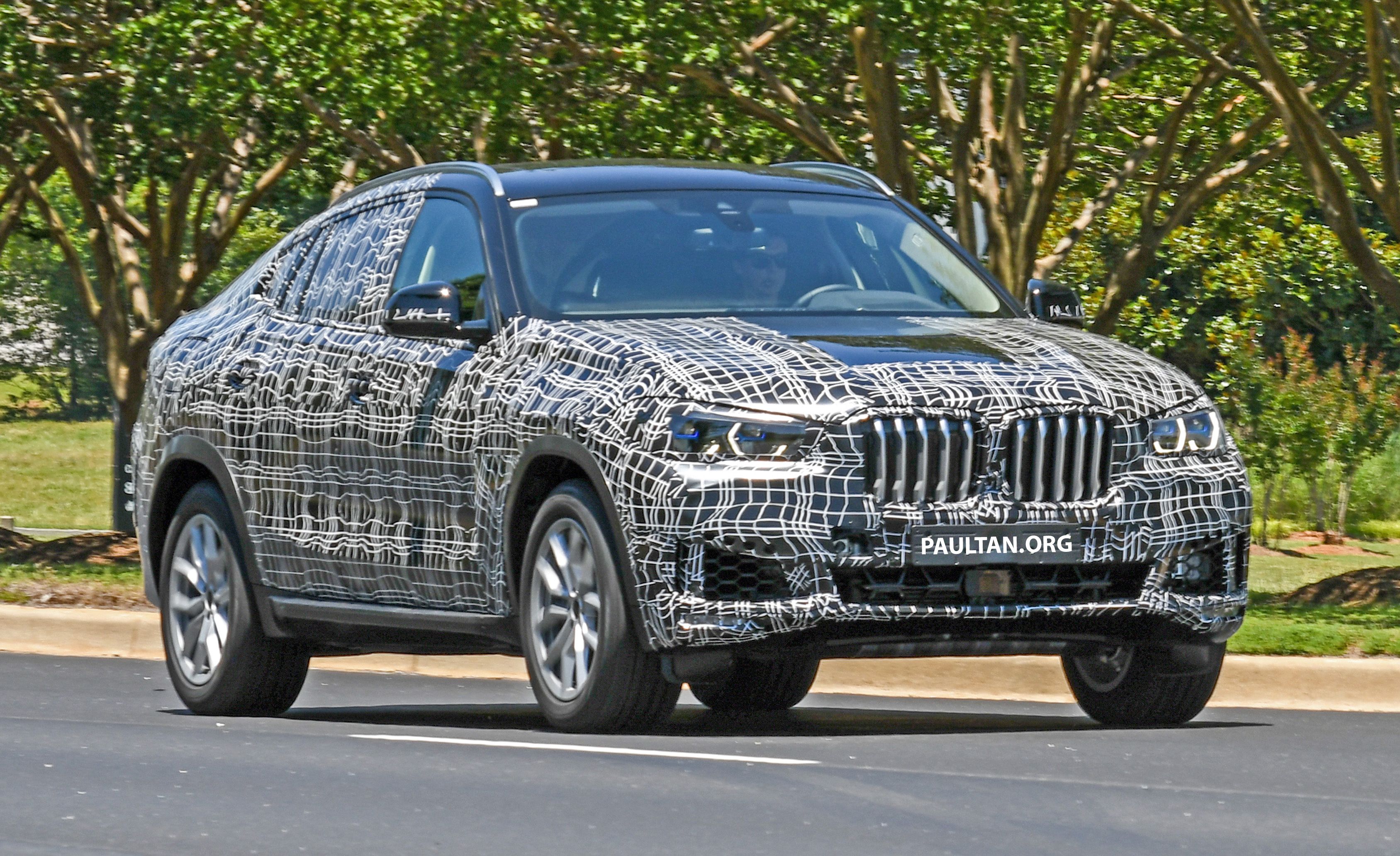 SPIED: G06 BMW X6 – new X5 coupe seen testing Paul Tan ...