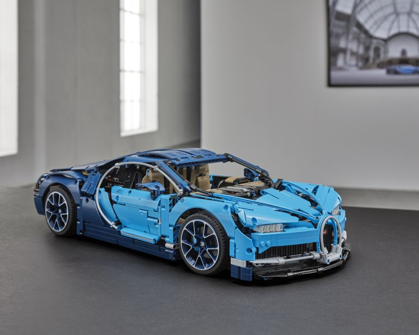 Bugatti unveils cheapest ever Chiron – costs RM1,999 Image #823161