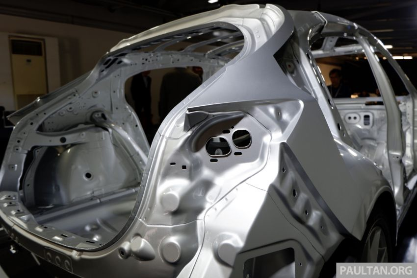 DRIVEN: 2019 Mazda 3 prototype with SkyActiv-X engine – is a high-tech petrol mill still relevant? Image #827999