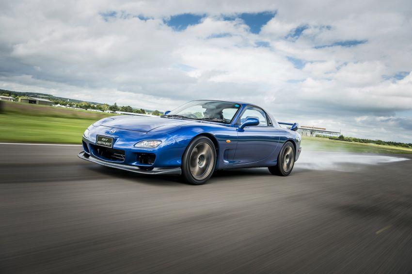 VIDEO: Mazda celebrates 40th anniversary of the RX-7 Image #828945
