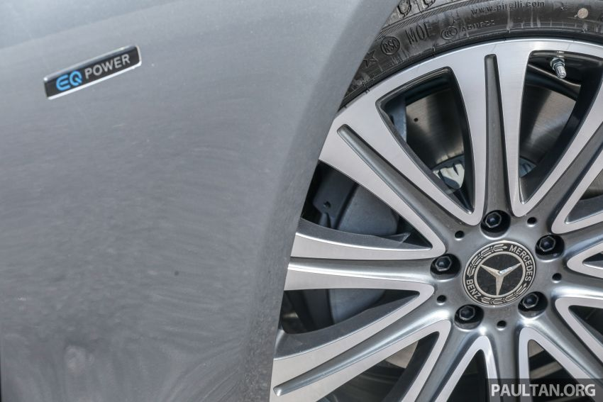 W213 Mercedes-Benz E-Class gets MY2018 updates – EQ Power branding for E350e, new ambient lighting Image #827239