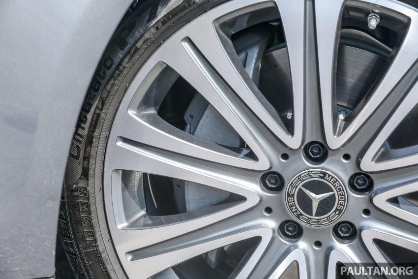 W213 Mercedes-Benz E-Class gets MY2018 updates – EQ Power branding for E350e, new ambient lighting Image #827240
