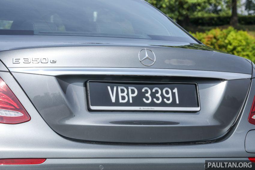 W213 Mercedes-Benz E-Class gets MY2018 updates – EQ Power branding for E350e, new ambient lighting Image #827246