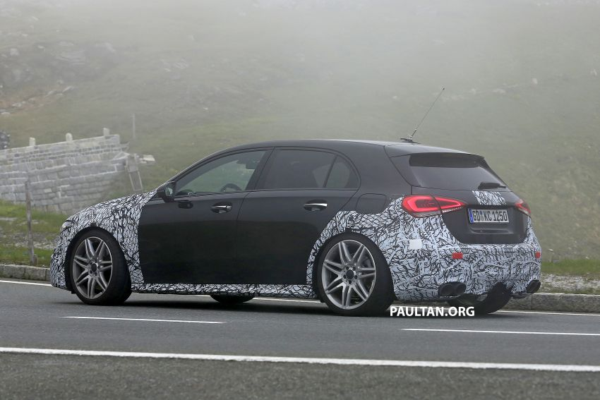 SPIED: New Mercedes-AMG A45 is really aggressive Image #828809