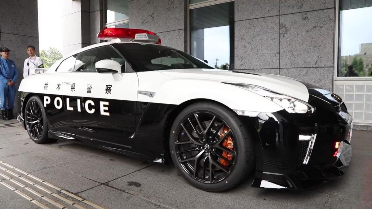 Nissan GT-R is the keisatsu's latest patrol car in Japan ...