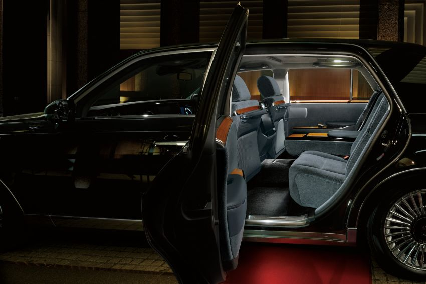 Toyota Century – new third-gen Japanese limousine goes on sale, 431 PS hybrid V8, priced at RM720k Image #831409