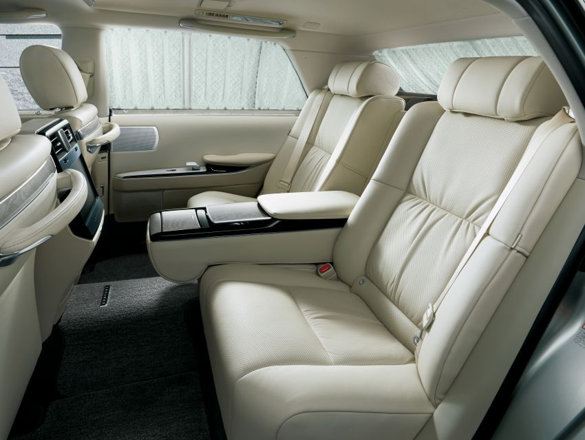 Toyota Century – new third-gen Japanese limousine goes on sale, 431 PS hybrid V8, priced at RM720k Image #831410