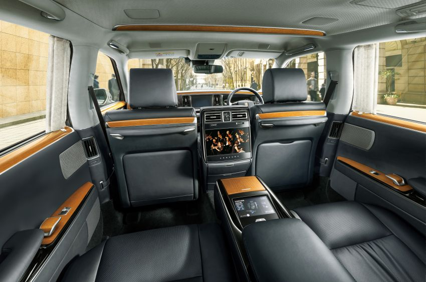 Toyota Century – new third-gen Japanese limousine goes on sale, 431 PS hybrid V8, priced at RM720k Image #831528