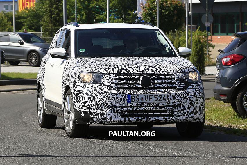 SPYSHOTS: Volkswagen T-Cross testing at the 'Ring Image #832105