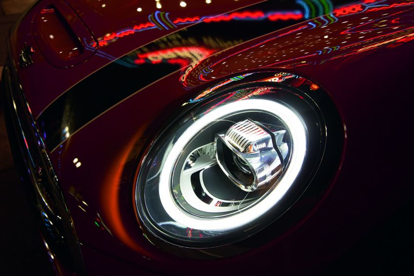 MINI Hatch facelift launched in Malaysia – Cooper S 3 Door and 5 Door, JCW 3 Door; RM227k to RM283k Image #838443