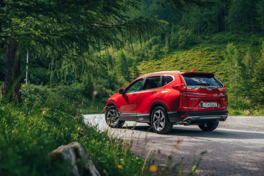 Honda CR-V for Europe – 1.5 litre VTEC Turbo, 7 seats Image #840109
