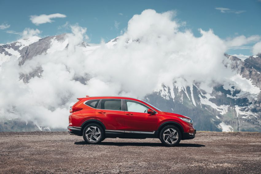 Honda CR-V for Europe – 1.5 litre VTEC Turbo, 7 seats Image #840124