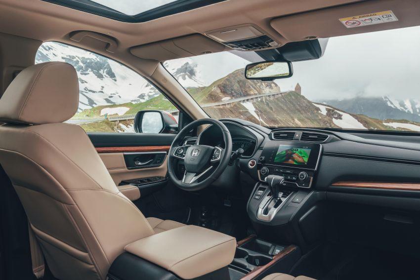 Honda CR-V for Europe – 1.5 litre VTEC Turbo, 7 seats Image #840138