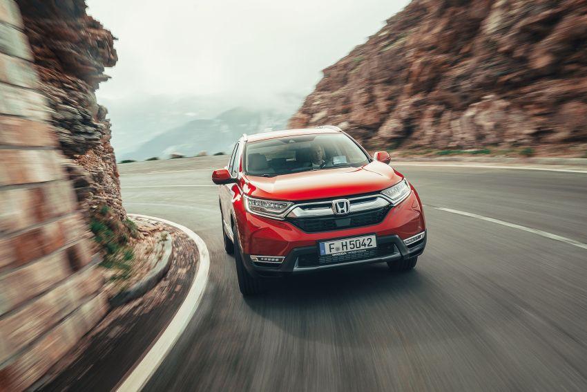 Honda CR-V for Europe – 1.5 litre VTEC Turbo, 7 seats Image #840144