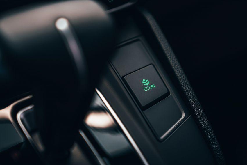 Honda CR-V for Europe – 1.5 litre VTEC Turbo, 7 seats Image #840152
