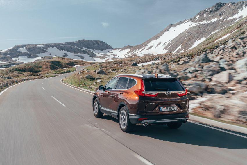 Honda CR-V for Europe – 1.5 litre VTEC Turbo, 7 seats Image #840154