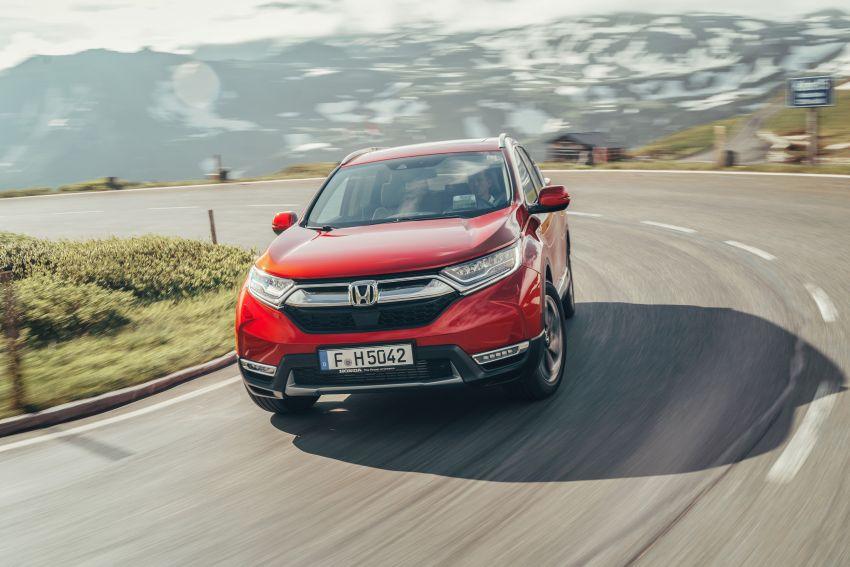 Honda CR-V for Europe – 1.5 litre VTEC Turbo, 7 seats Image #840156