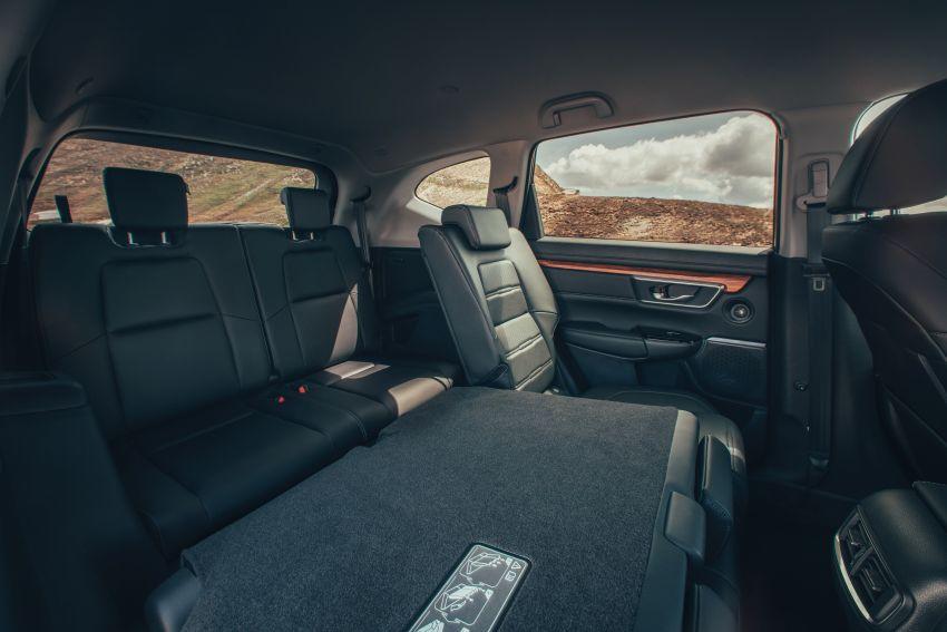 Honda CR-V for Europe – 1.5 litre VTEC Turbo, 7 seats Image #840162