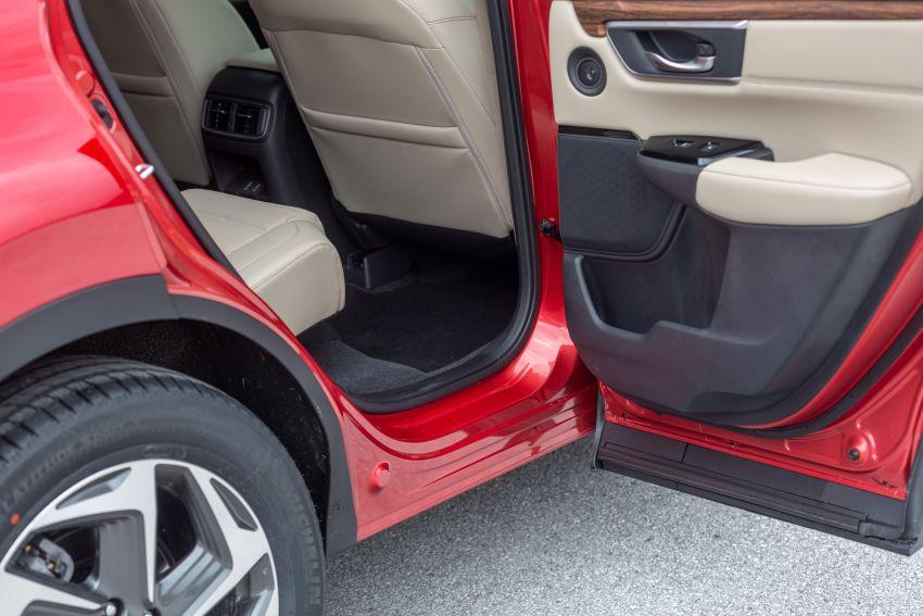 Honda CR-V for Europe – 1.5 litre VTEC Turbo, 7 seats Image #840179