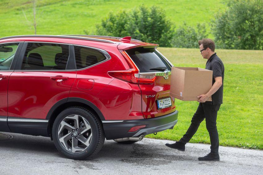 Honda CR-V for Europe – 1.5 litre VTEC Turbo, 7 seats Image #840183