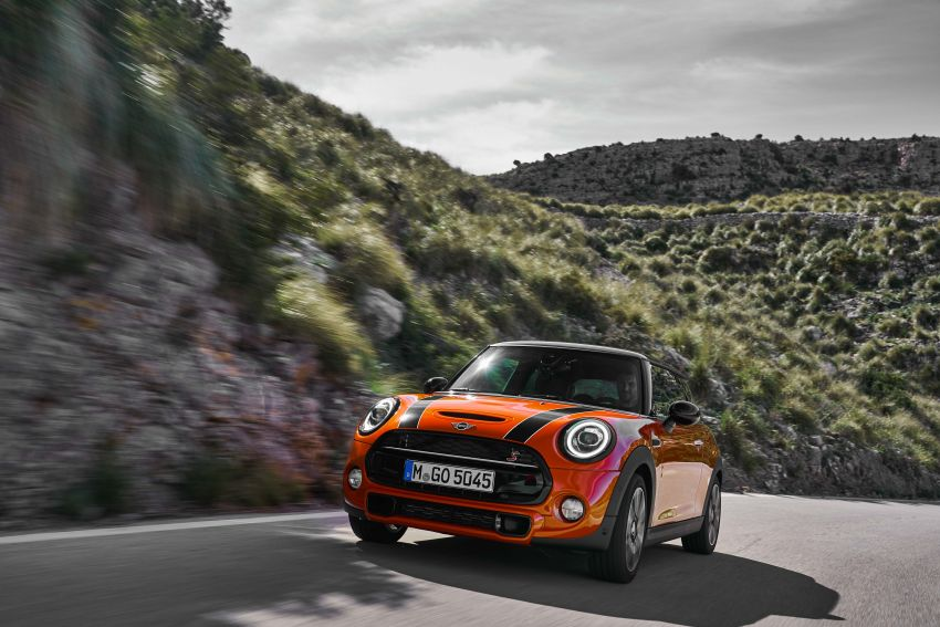 DRIVEN: 2018 MINI 3 Door Cooper S facelift in Spain Image #837870