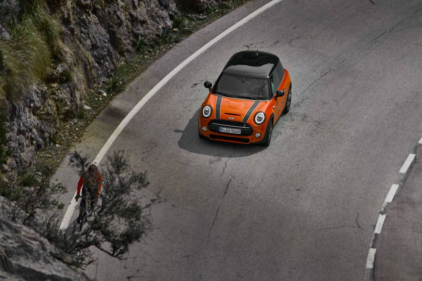 DRIVEN: 2018 MINI 3 Door Cooper S facelift in Spain Image #837880