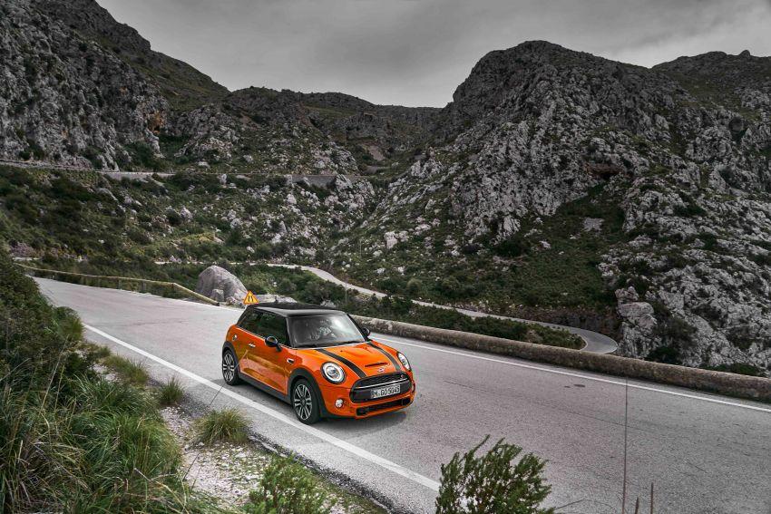 DRIVEN: 2018 MINI 3 Door Cooper S facelift in Spain Image #837882