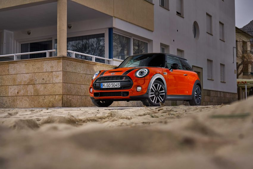 DRIVEN: 2018 MINI 3 Door Cooper S facelift in Spain Image #837884